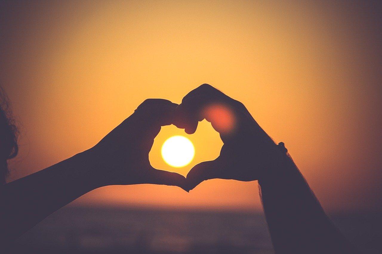 heart, hands, silhouette